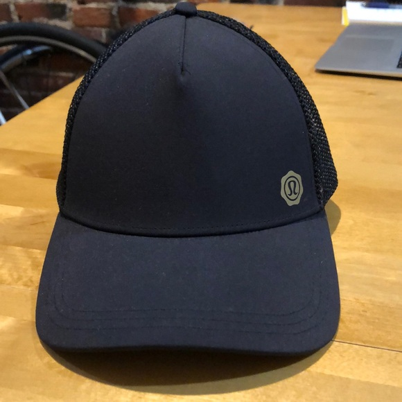 a4cf3f4f lululemon athletica Accessories | Black Lululemon Snap Back Hat ...